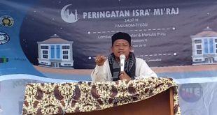 Penyampaian ceramah oleh Ustadz Rido Wardoyo