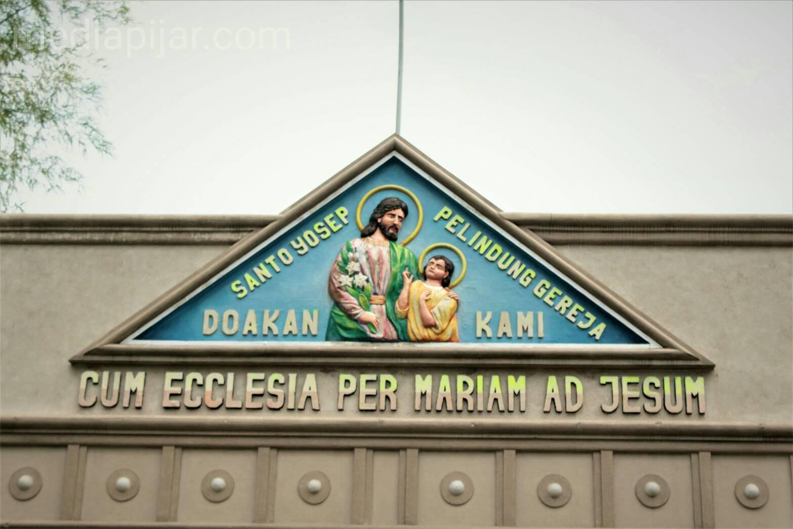 Diresmikan pada 1 Oktober 2005, Gereja ini banyak dikunjungi pecinta Maria.
