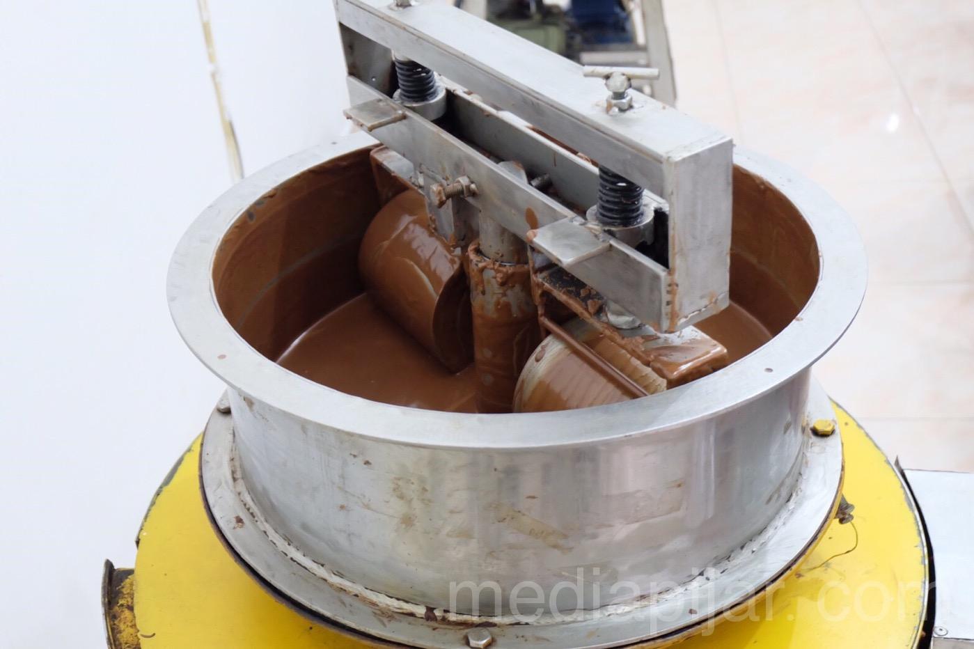 Kenikmatan yang menggoda para pecinta coklat hasil olahan dari kelapa sawit. Fotografer : Putri Arum Marzura