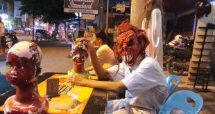 Medan Horor Martabak, Nongkrong Sambil Uji Nyali