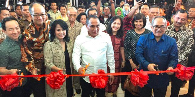 Gubernur Sumatera Utara, Edy Rahmayadi saat membuka acara Big Bad Wolf di Gedung Andromeda eks Bandara Polonia, Kamis (01/11)  Sumber foto: Dokumentasi Big Bad Wolf
