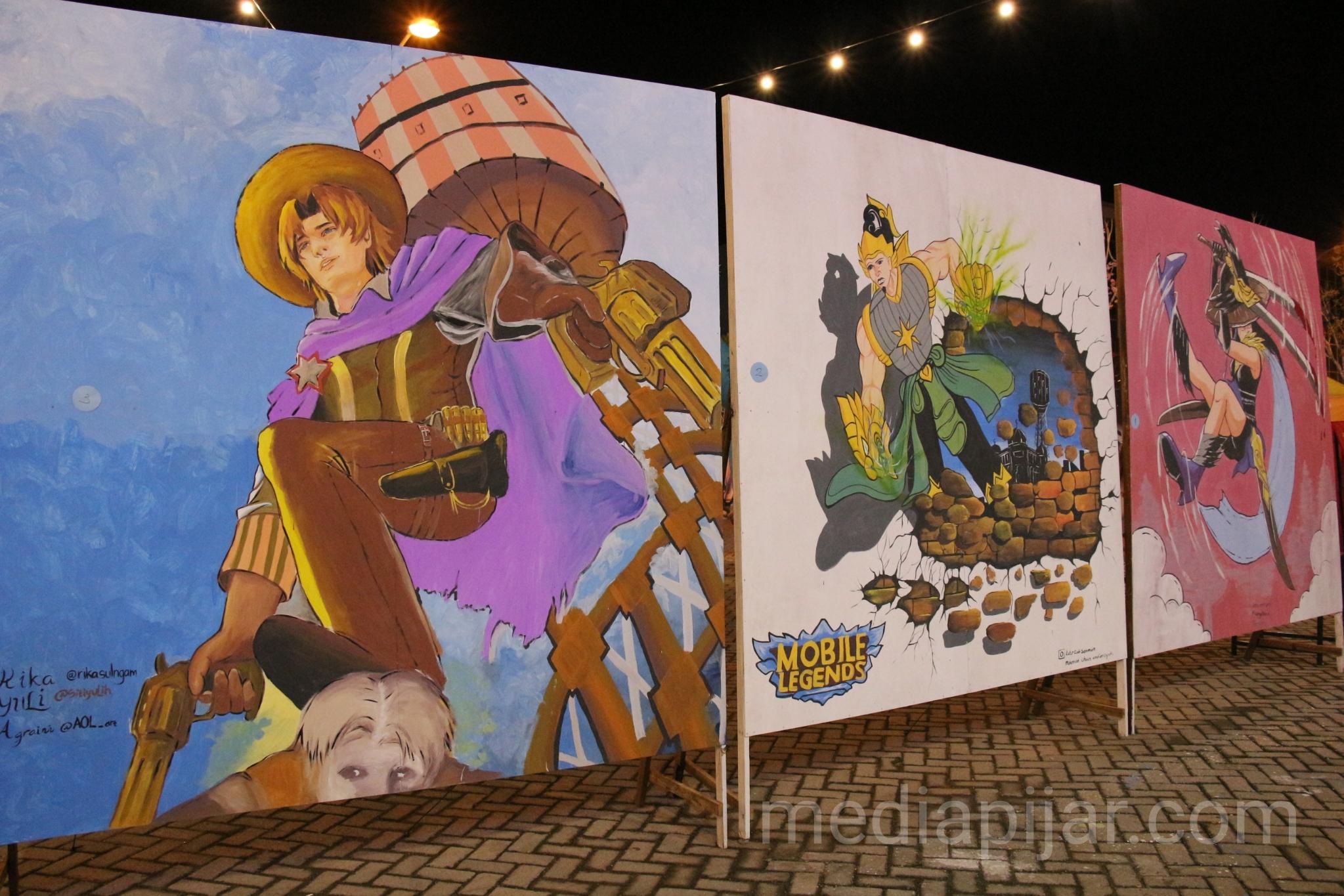 Hasil-hasil mural yang merupakan salah satu perlombaan di acara Medan Funtastic. (15/11)  (Fotografer: Ade Khairani)