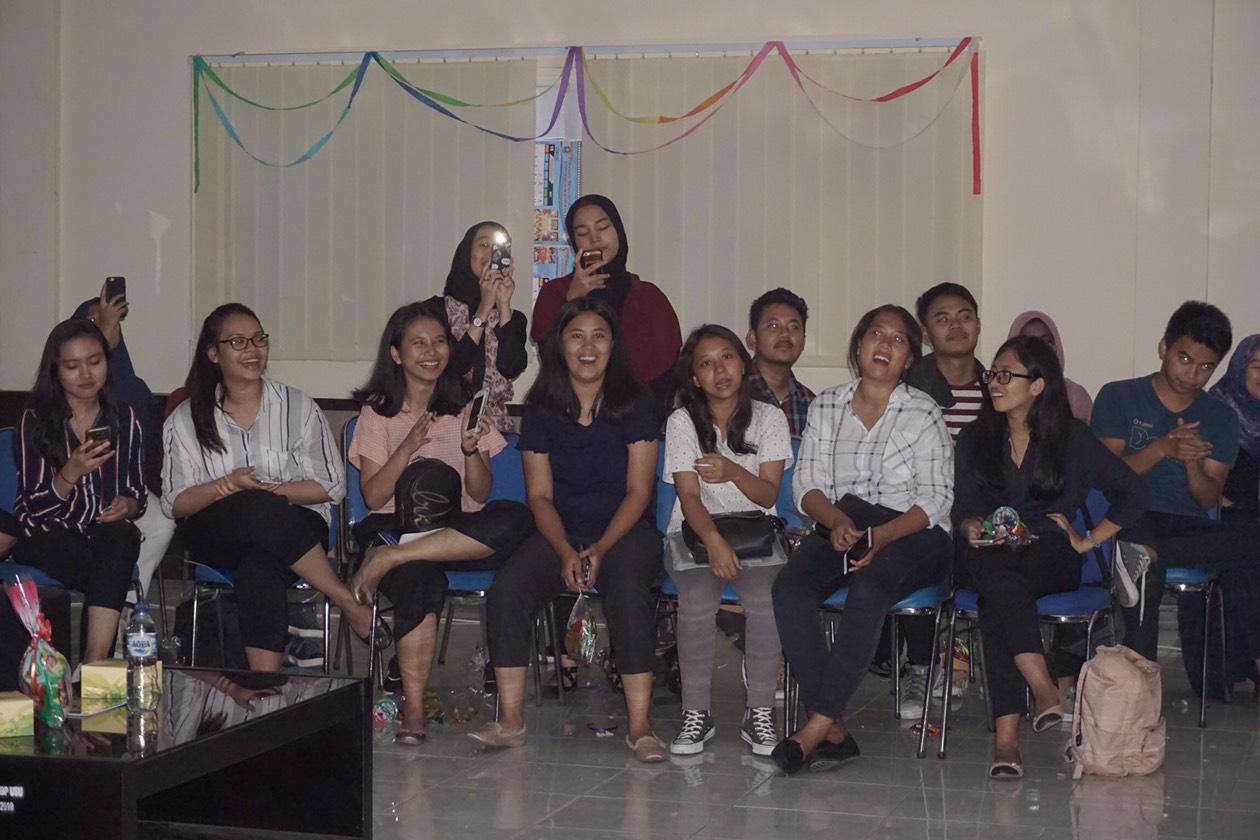 Antusiasme peserta pada acara Comm's Back In Touch di Aula FISIP USU (24/4)  (Sumber foto: Panitia Acara)