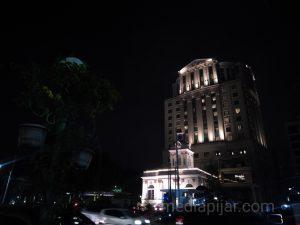 Keindahan salah satu gedung yang selalu memancarkan cahaya ditengah Kota Medan. (Fotografer: Nadia Lumongga Nst)