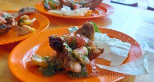 Perpaduan Pedas nan Gurih ala Ayam Pecak