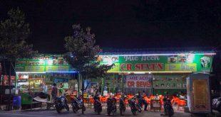 Nongkrong dan Nobar di Warung Mie Aceh CR Seven