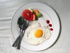 """""""Telur adalah sarapan sejuta umat"""" (Fotografer : Jonathan Alexander)"""