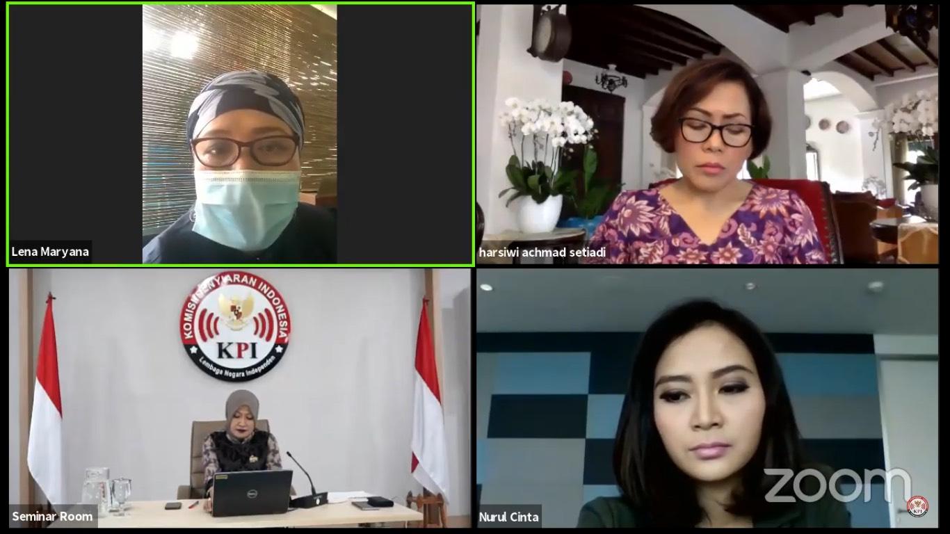 Penyampaian materi oleh Ibu Lena Maryana selaku perwakilan Maju Perempuan Indonesia. (Sumber foto: https://www.youtube.com/)