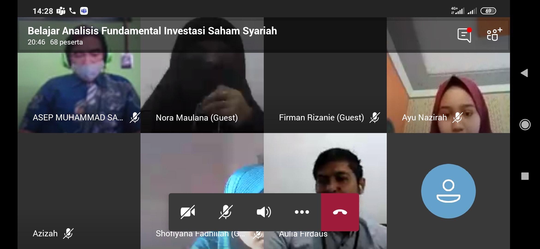 Sesi tanya jawab oleh peserta mengenai cara memulai berinvestasi saham syari'ah. Sumber Foto: Dokumentasi Pribadi